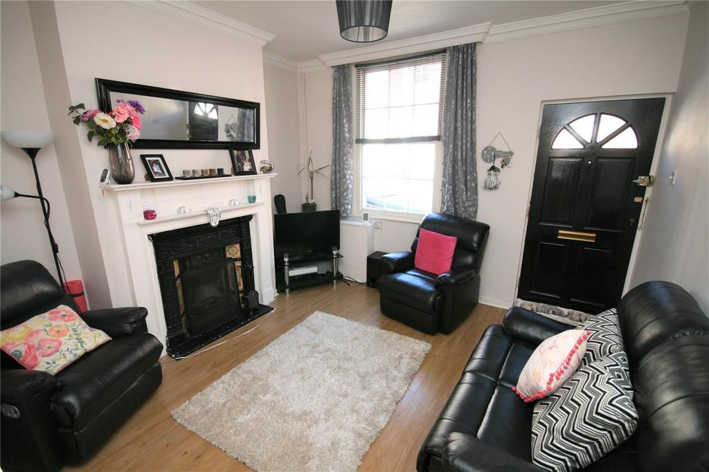 2 Bedrooms Terraced House for sale in Walter Street, Chester, CH1
