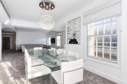 3 bedroom flat to rent - New Hereford House, 129 Park Street, London