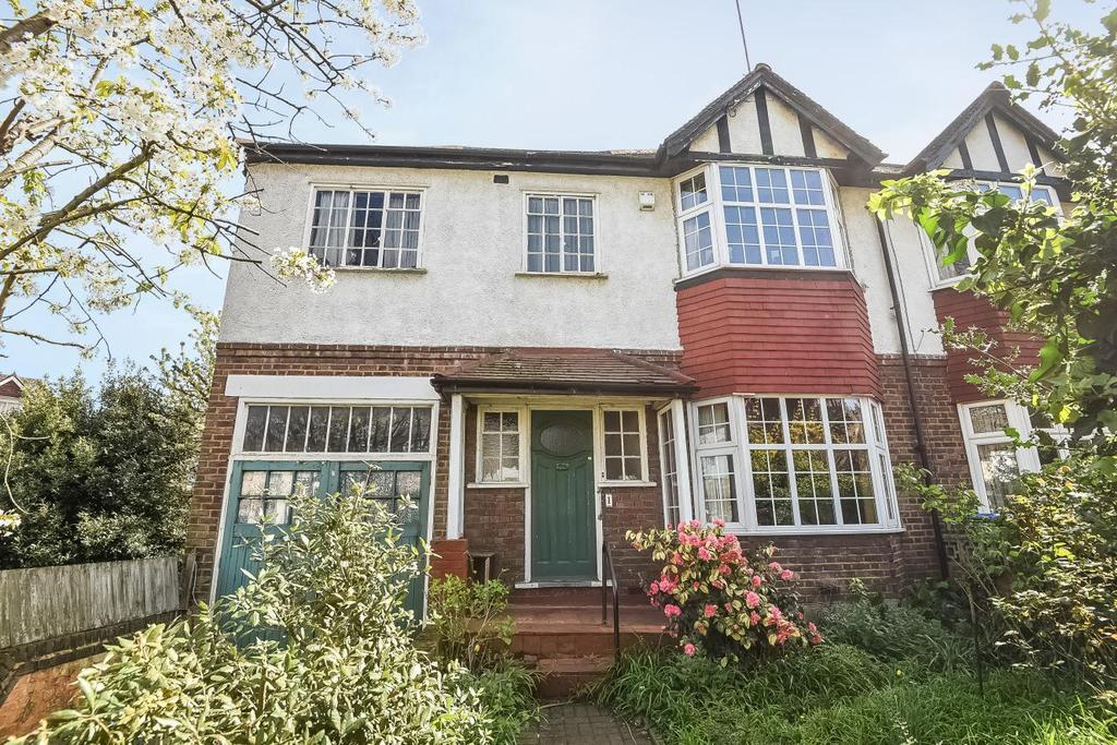 4 Bedrooms Semi Detached House for sale in Beaconsfield Road, Blackheath, SE3