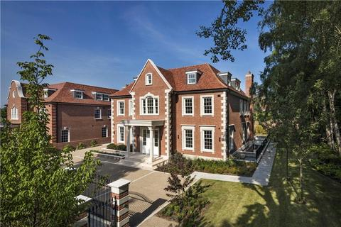 8 bedroom detached house for sale - The Bishops Avenue, London, N2