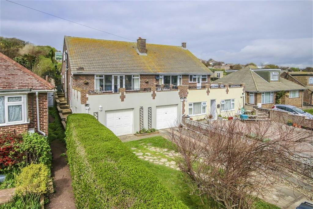 4 Bedrooms Semi Detached House for sale in Court Farm Road, Newhaven