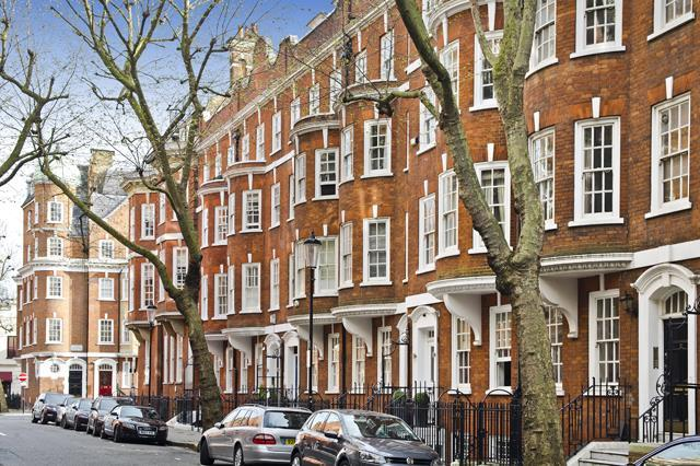 2 Bedrooms Flat for sale in Draycott Avenue, Chelsea SW3