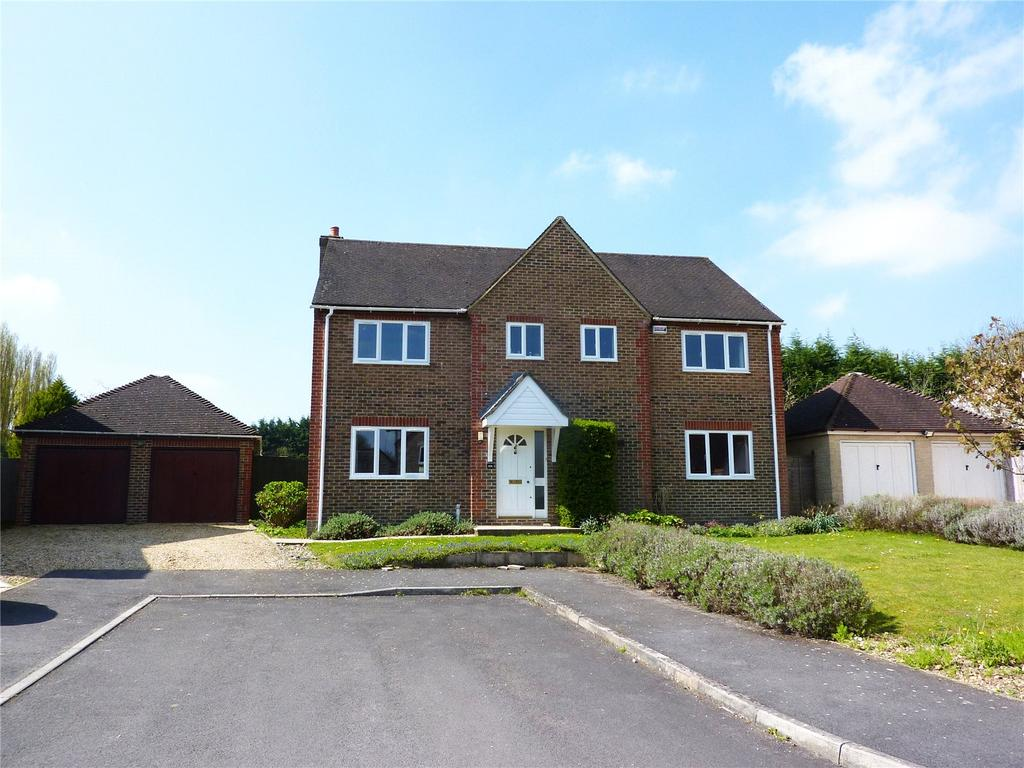 5 Bedrooms Detached House for sale in Tyndales Meadow, Dinton, Salisbury, Wiltshire, SP3
