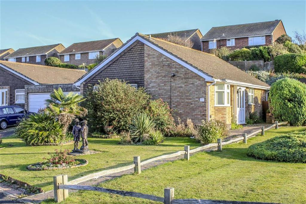 2 Bedrooms Detached Bungalow for sale in Princess Drive, Seaford