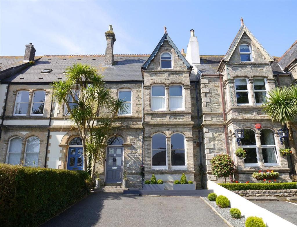 6 Bedrooms Town House for sale in Falmouth Road, Truro