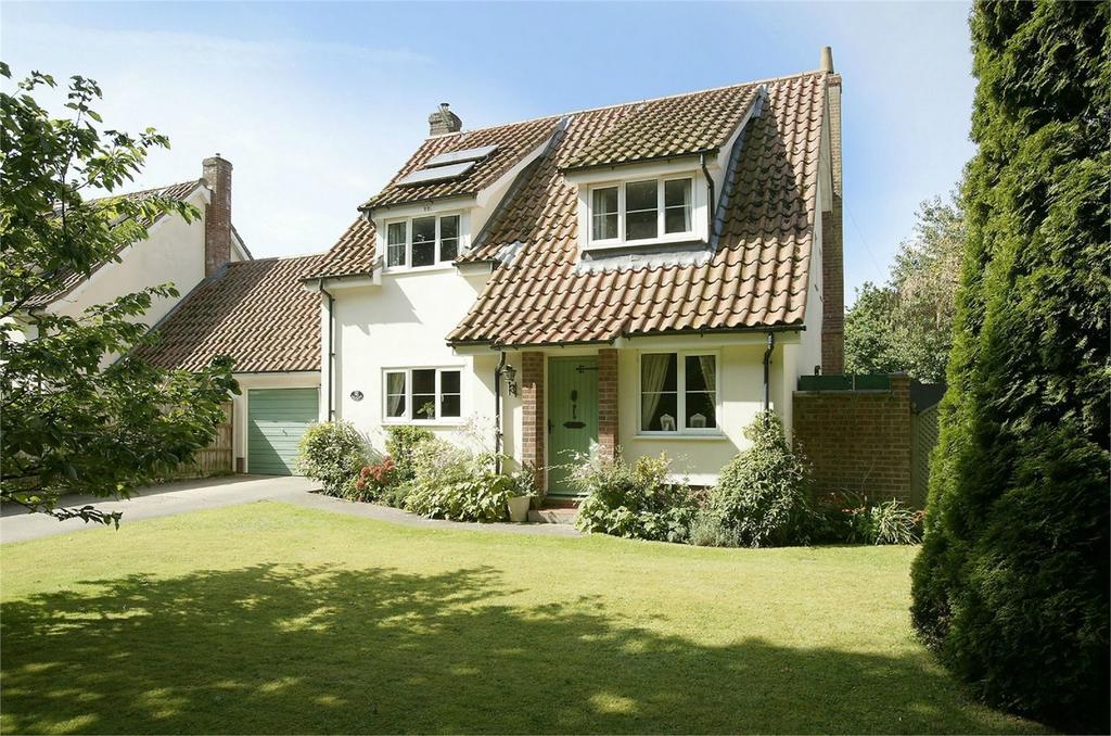 4 Bedrooms Semi Detached House for sale in Green Lane, Quidenham, Norfolk