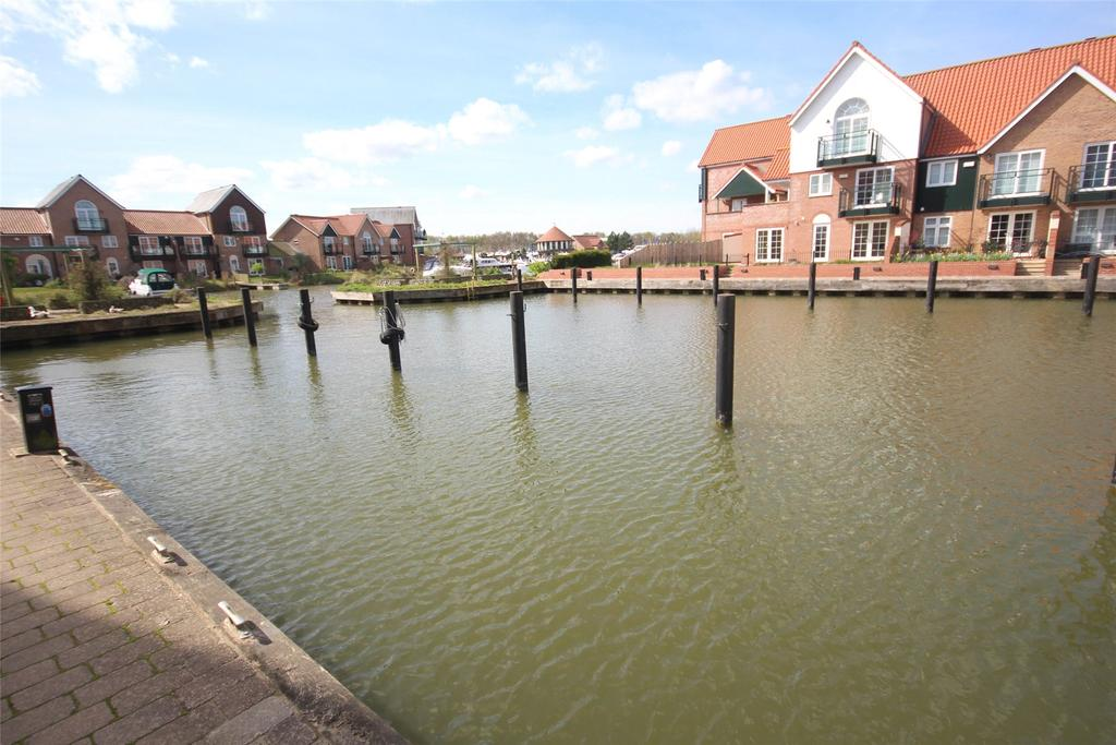 2 Bedrooms Terraced House for sale in Ellisons Quay, Burton Waters, LN1