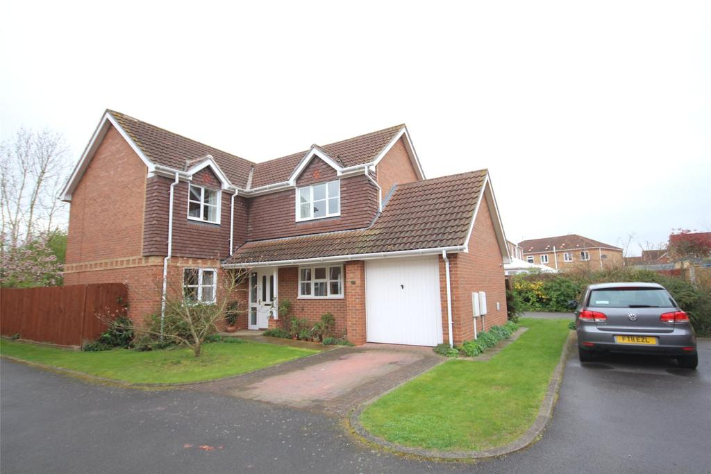 4 Bedrooms Detached House for sale in Ingamells Drive, Saxilby, LN1