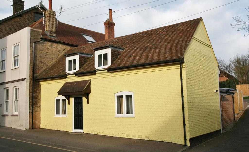 3 Bedrooms Cottage House for sale in Dover Road, Walmer