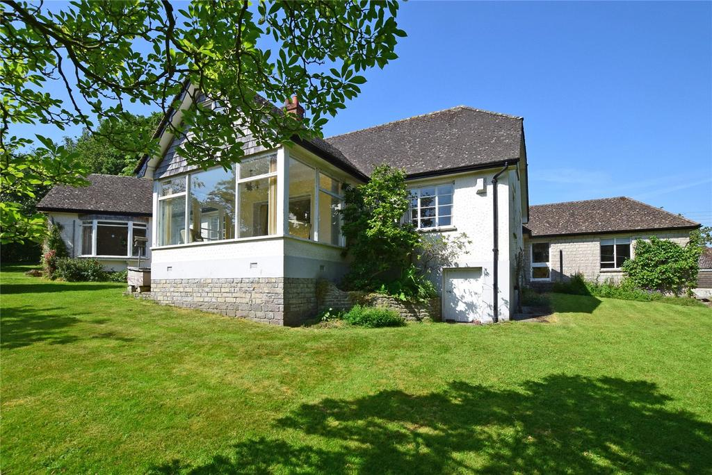 4 Bedrooms Detached Bungalow for sale in The Street, Kilmington, Axminster, Devon
