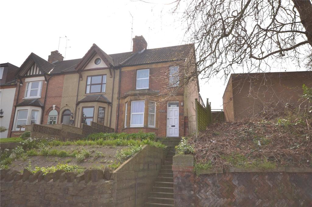 2 Bedrooms Flat for sale in Sherborne Road, Yeovil, Somerset