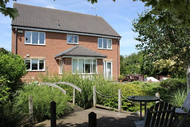 4 Bedrooms Detached House for sale in Buzzard Close, Broughton Astley, Leicester, LE9