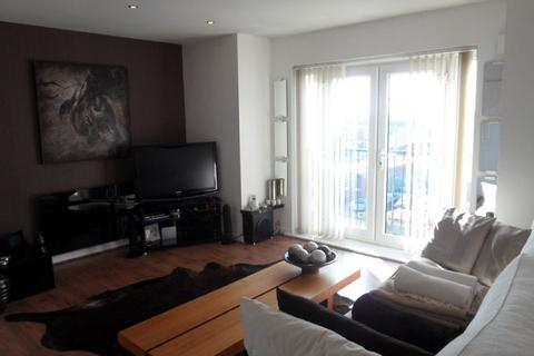 2 bedroom apartment to rent - Martingale Court Cheetham Hill