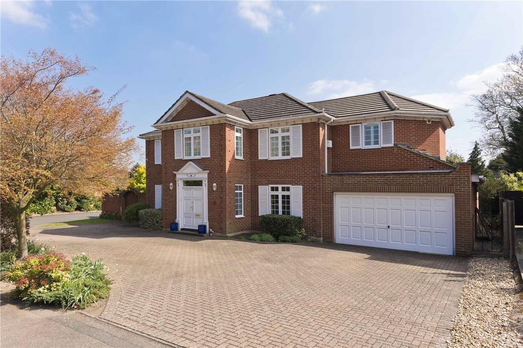 5 Bedrooms Detached House for sale in Charlton Kings, Weybridge, Surrey, KT13