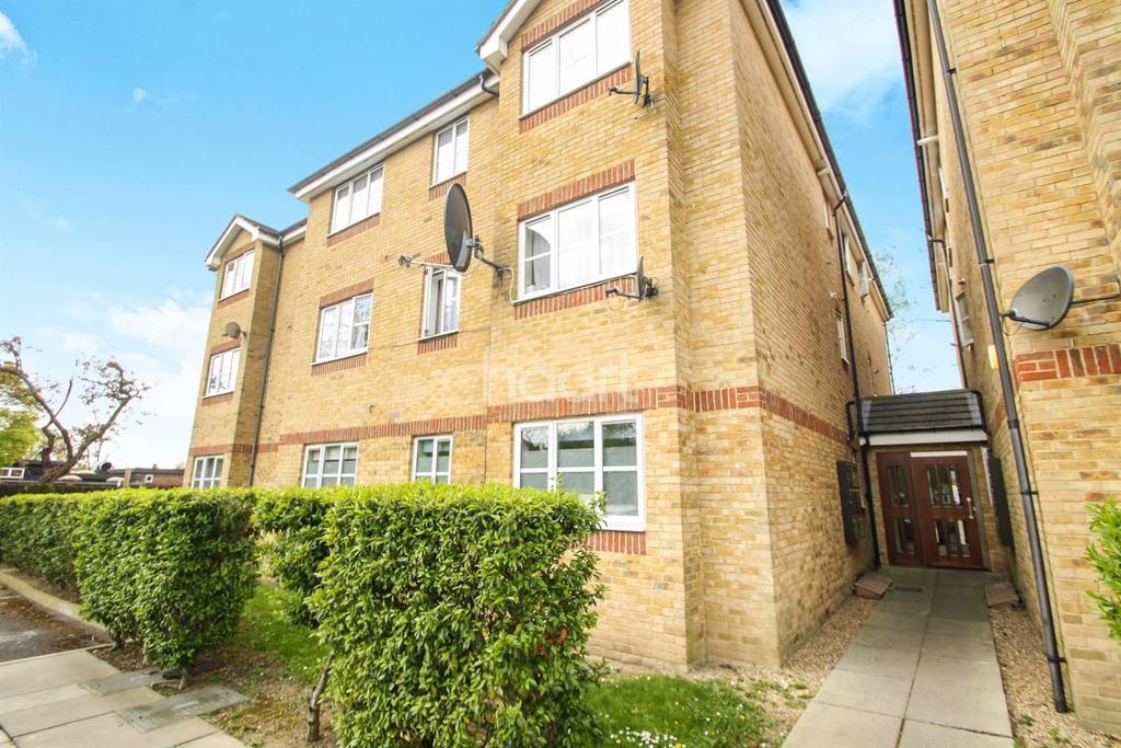 1 Bedroom Flat for sale in Turner Close, Wembley Central