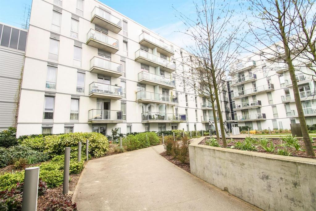 1 Bedroom Flat for sale in Quadrant Court, Wembley Park