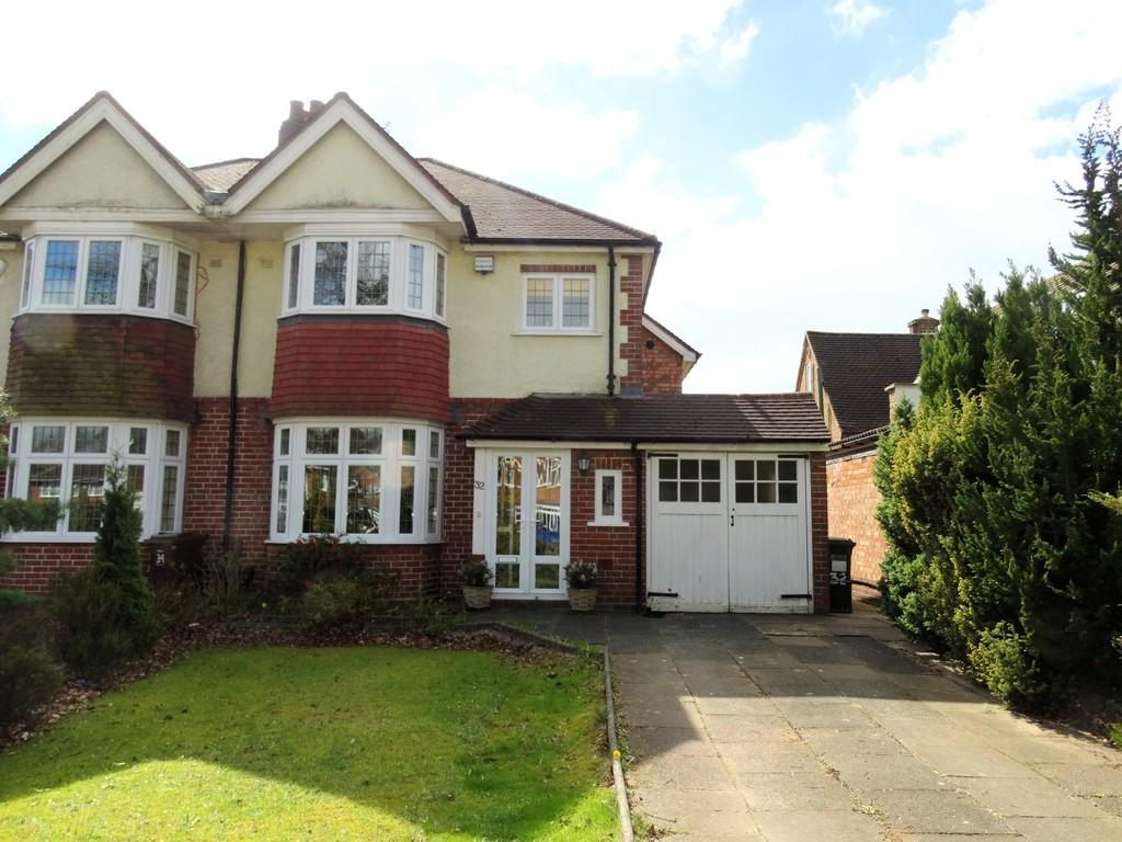 widney lane solihull 3 bed semi detached house 360 000 image 1 of 18