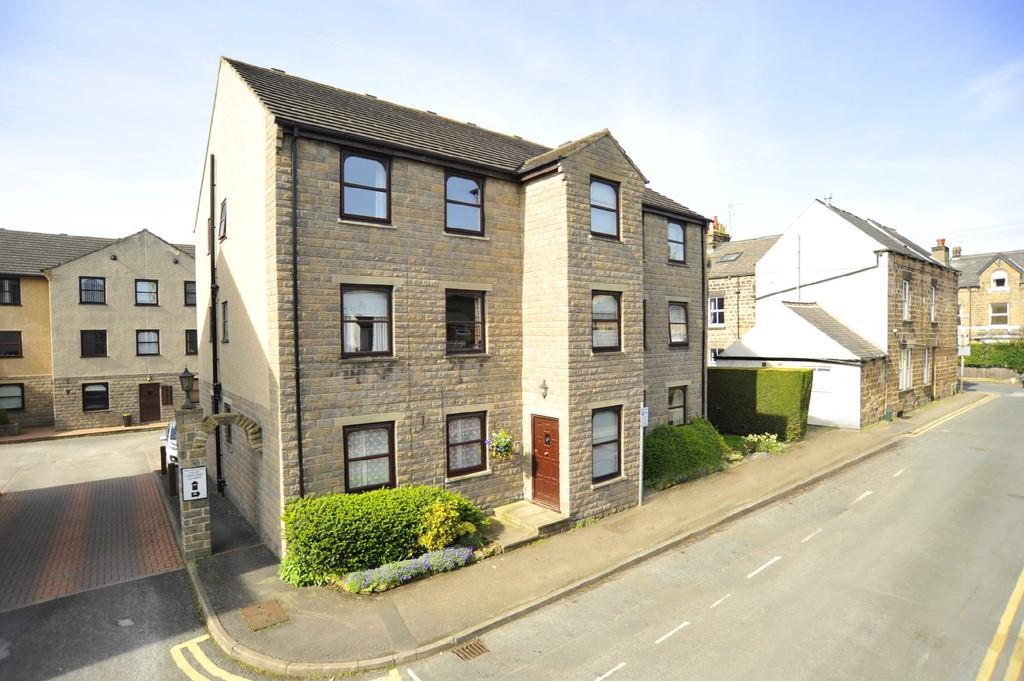 2 Bedrooms Apartment Flat for sale in Trafalgar Road, Harrogate