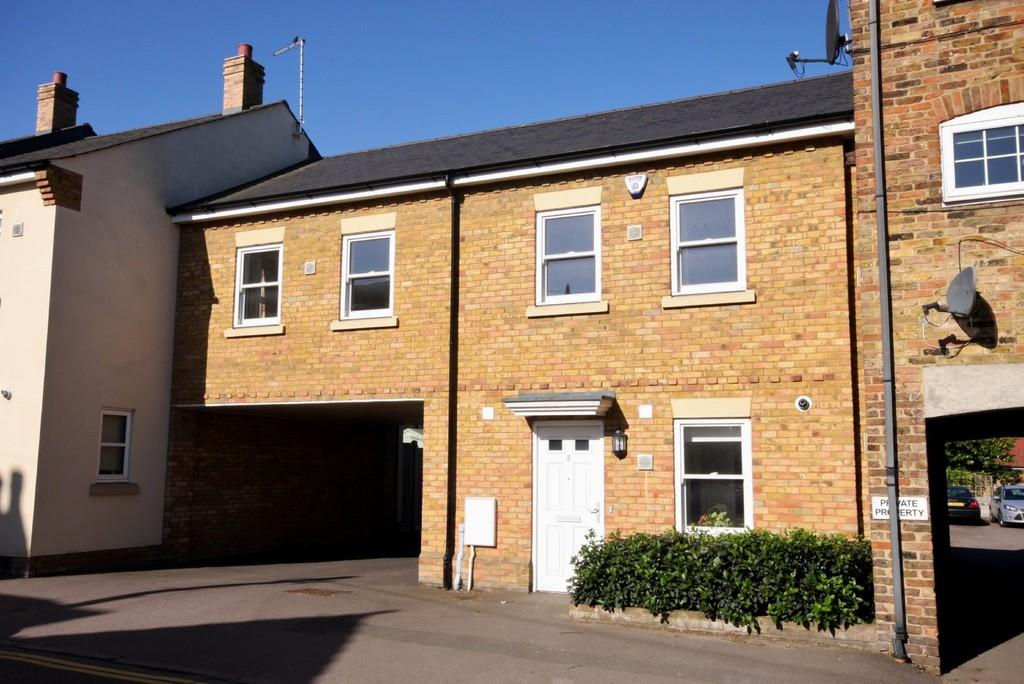 3 Bedrooms End Of Terrace House for sale in Roydon Mews, Roydon, Essex