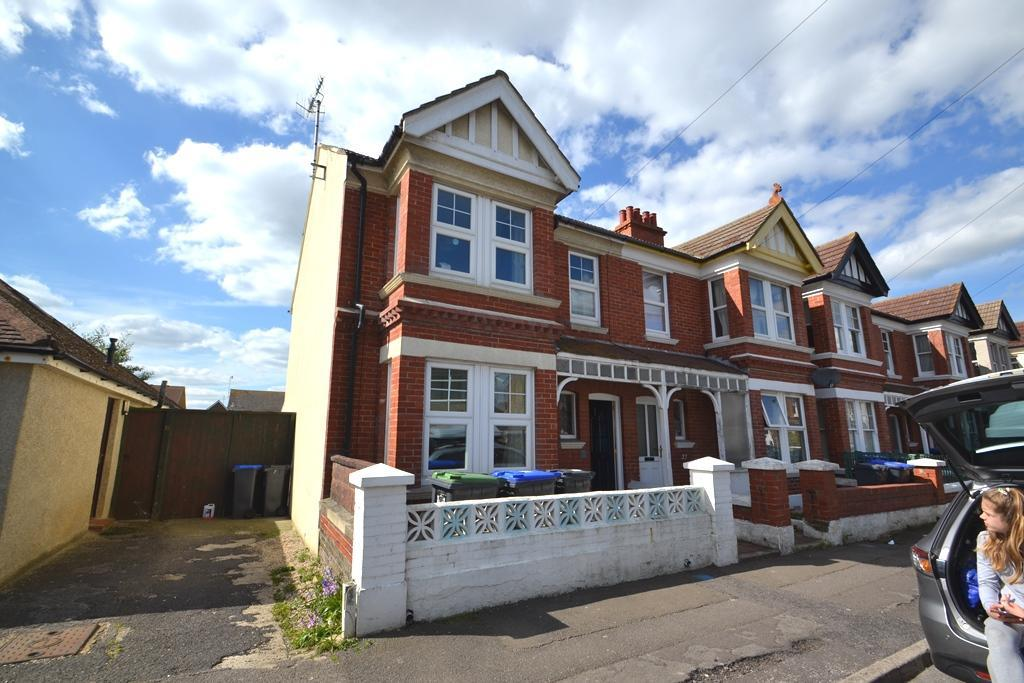 4 Bedrooms End Of Terrace House for sale in Cecil Road, Lancing, Worthing, BN15 8HN