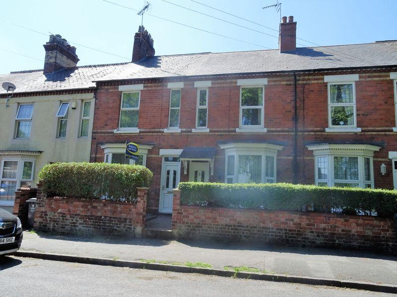2 Bedrooms Terraced House for sale in Ruthin Road, Wrexham