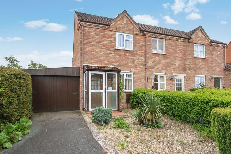 2 Bedrooms Terraced House for sale in ROMSEY DRIVE