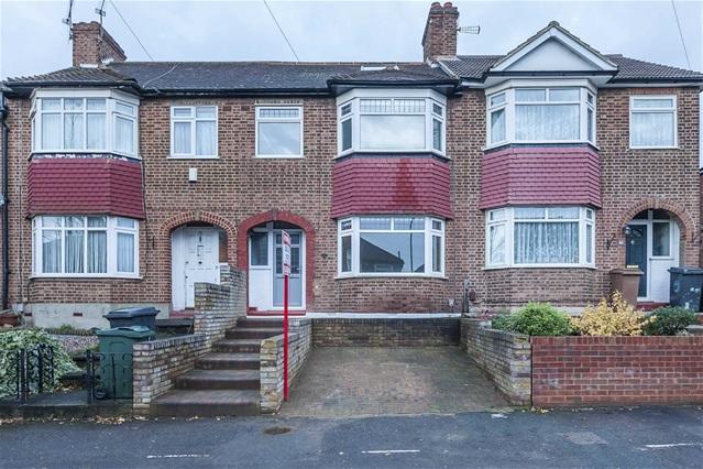 4 Bedrooms House for sale in Carnanton Road, Walthamstow
