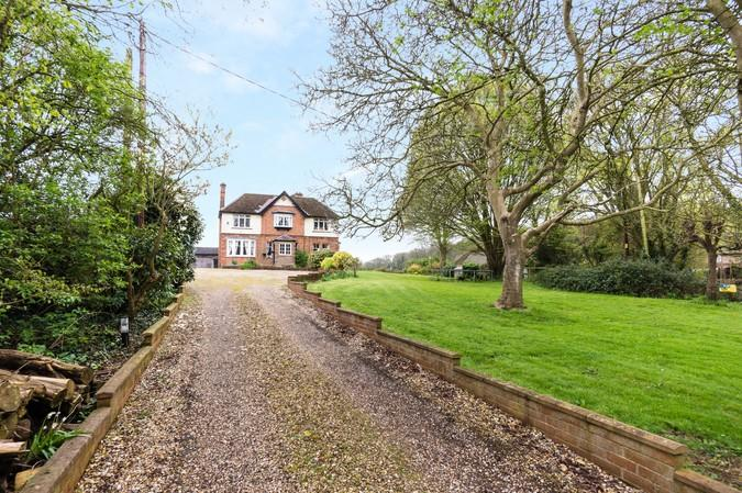 5 Bedrooms Detached House for sale in Sparkford, Yeovil