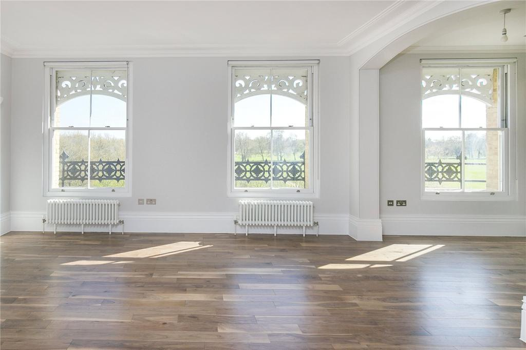 2 Bedrooms Flat for sale in Thornton Place, London, SW4
