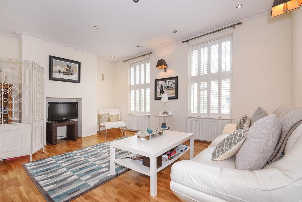 2 Bedrooms Flat for sale in Kennington Park Road, Kennington, SE11