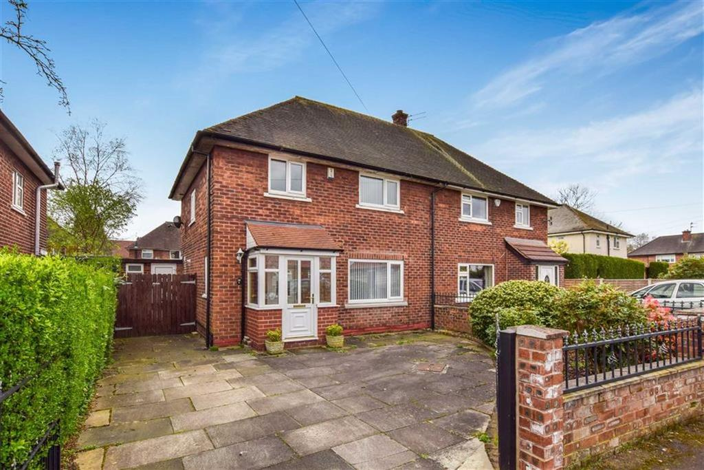 3 Bedrooms Semi Detached House for sale in Whitley Gardens, Timperley, Cheshire, WA15
