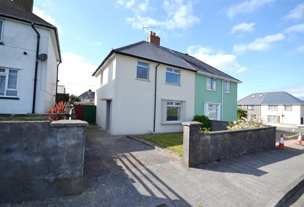 3 Bedrooms Semi Detached House for sale in St. Johns Road, Pembroke Dock