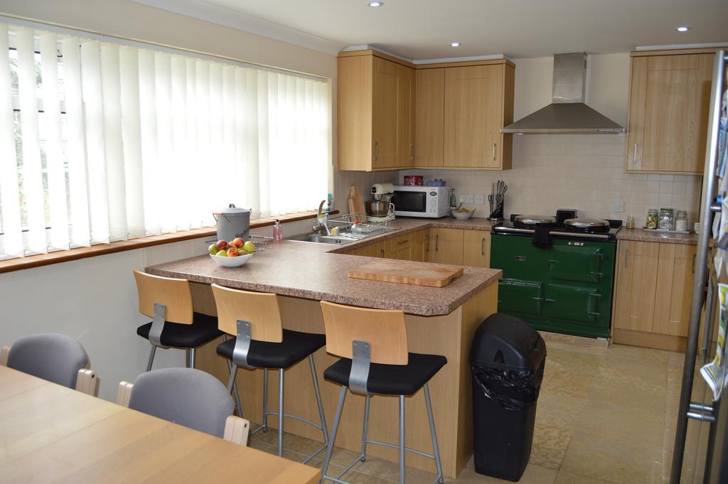 5 Bedrooms Detached House for sale in Main Street, Ulleskelf, Tadcaster LS24