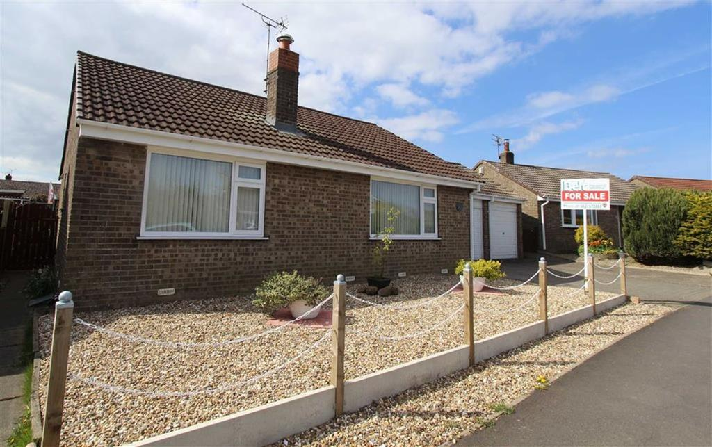 3 Bedrooms Detached Bungalow for sale in School Lane, Bempton, YO15
