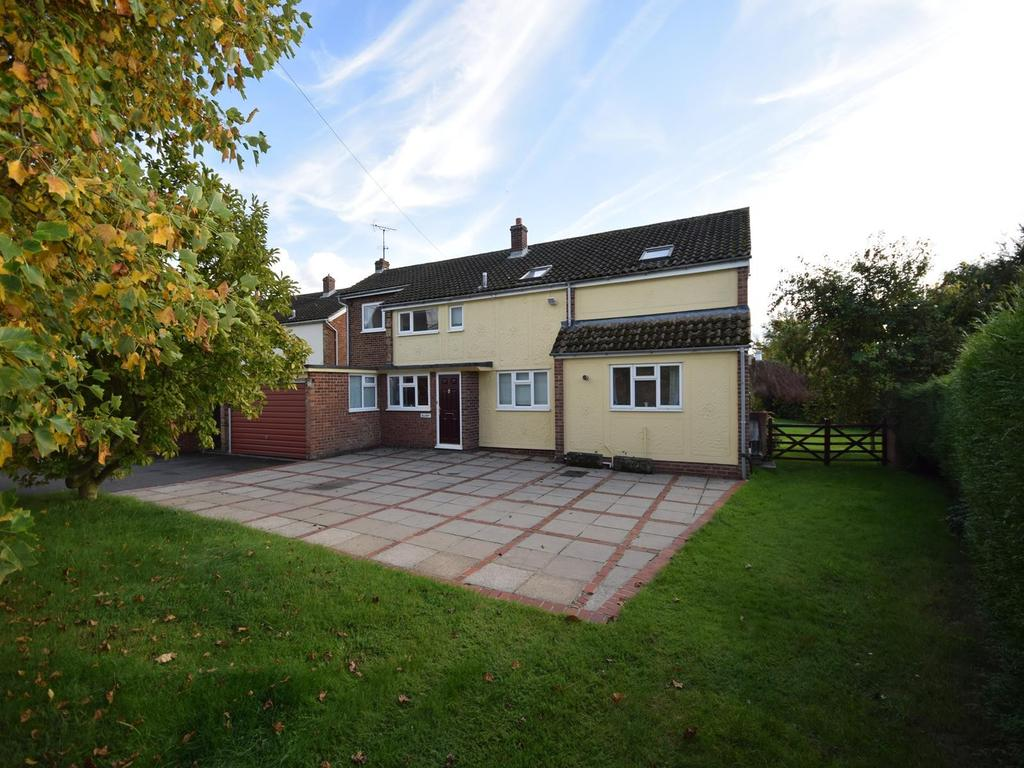 5 Bedrooms Detached House for sale in Duton Hill, Dunmow, Essex, CM6