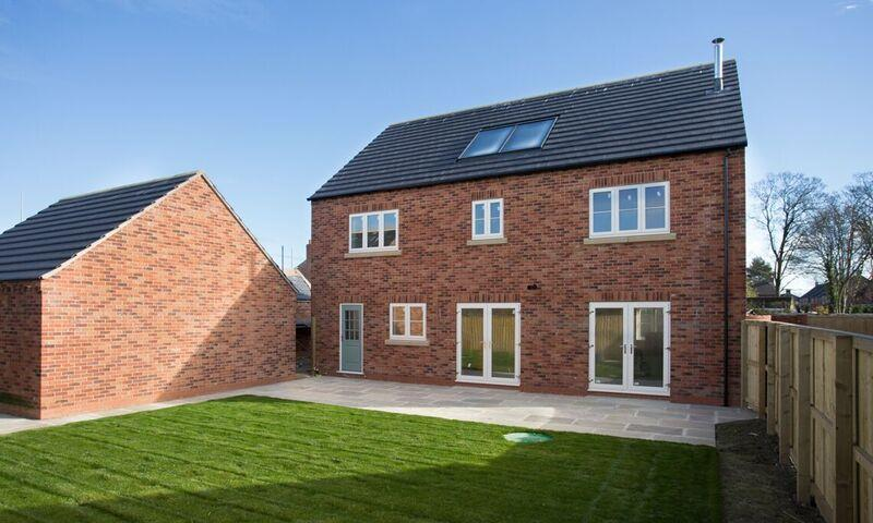 4 Bedrooms Detached House for sale in Haddlesey Court, Off Main Street, West Haddlesey