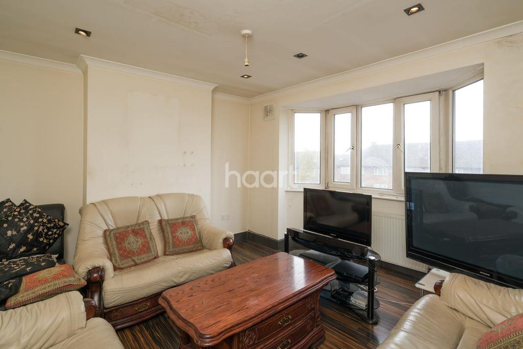 3 Bedrooms Flat for sale in Kenton Road, Kenton, HA3