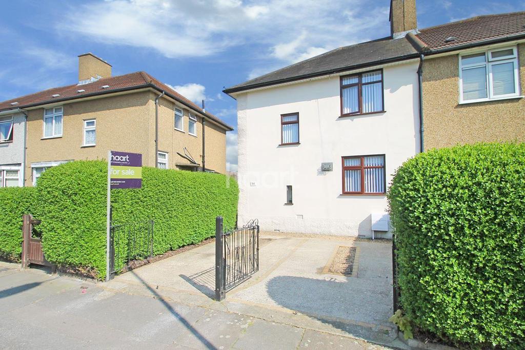 3 Bedrooms Semi Detached House for sale in Campden Crescent, Dagenham