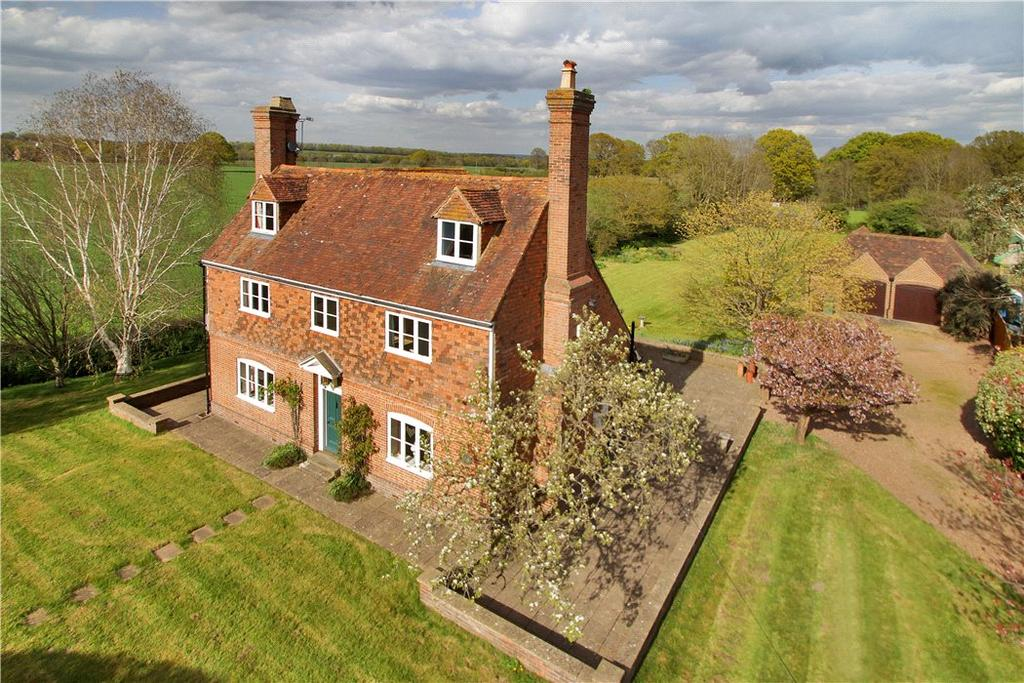 5 Bedrooms Farm House Character Property for sale in Cranbrook Road, Frittenden, Cranbrook, Kent, TN17