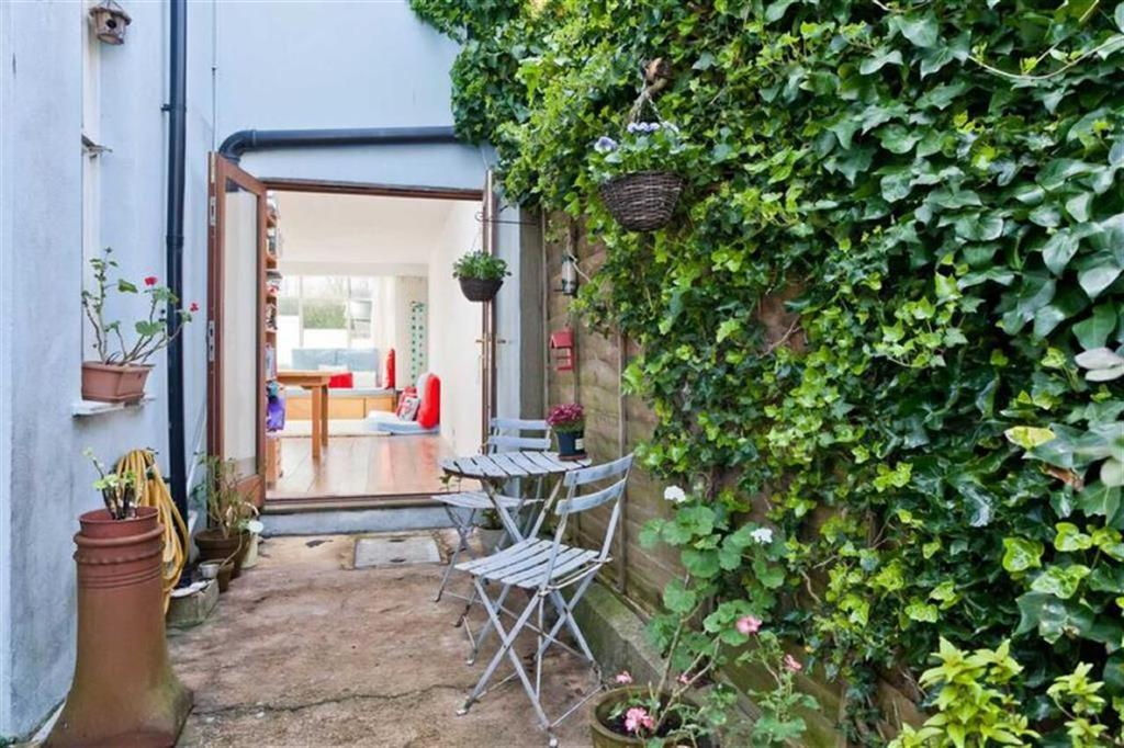 4 Bedrooms House for sale in Port Hall Place, Brighton, East Sussex