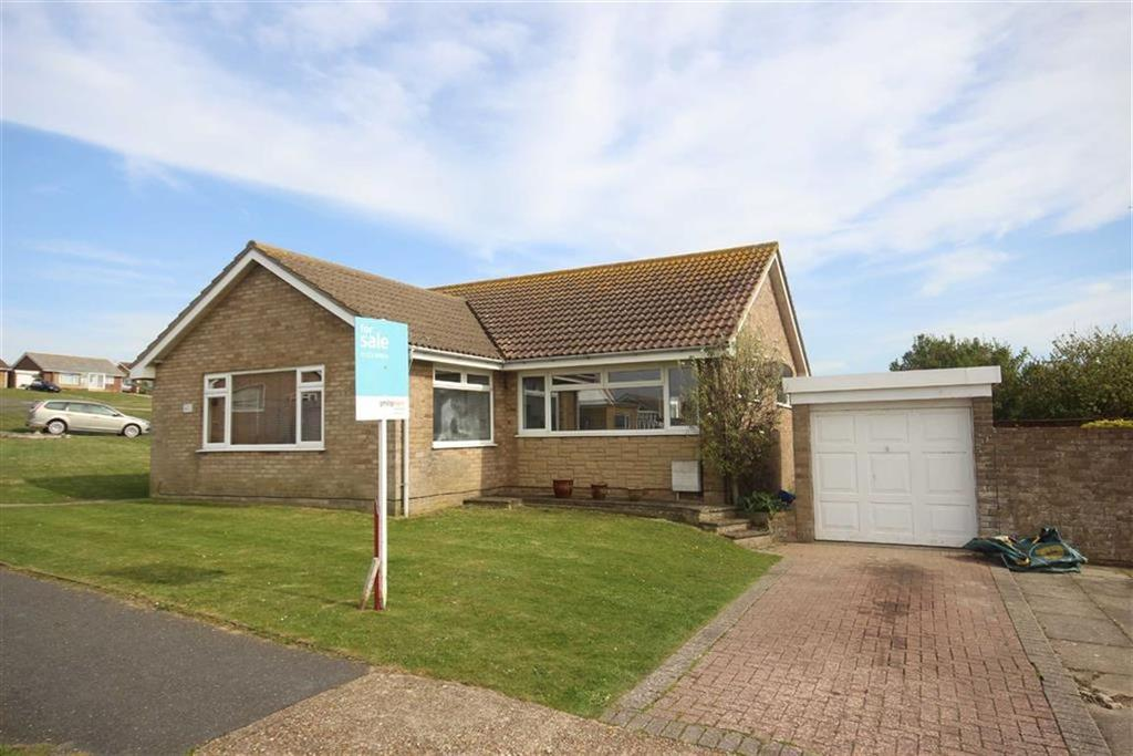 2 Bedrooms Detached Bungalow for sale in Hurdis Road, Seaford
