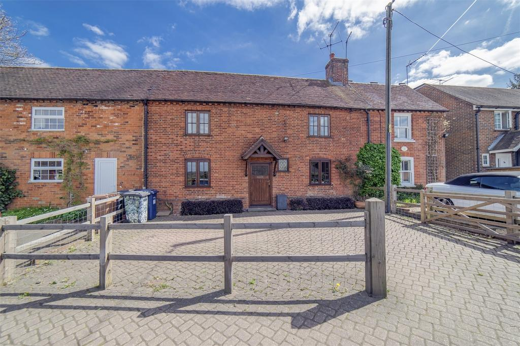 3 Bedrooms Terraced House for sale in Wrecclesham, Farnham, Surrey