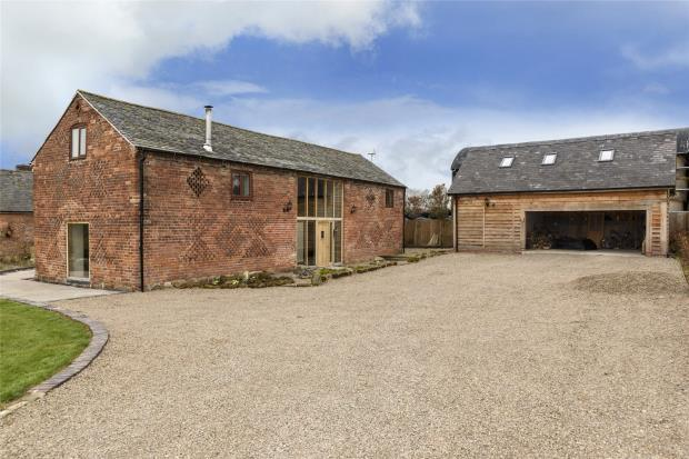 4 Bedrooms House for sale in Treginford Barn, Kynaston, Kinnerley, Oswestry