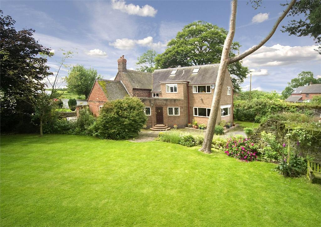 4 Bedrooms Detached House for sale in Chatwell Lodge, Great Chatwell, NEWPORT, Shropshire