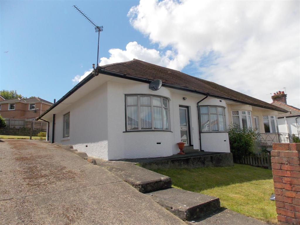 3 Bedrooms Semi Detached Bungalow for sale in Penlan Road, Llandough