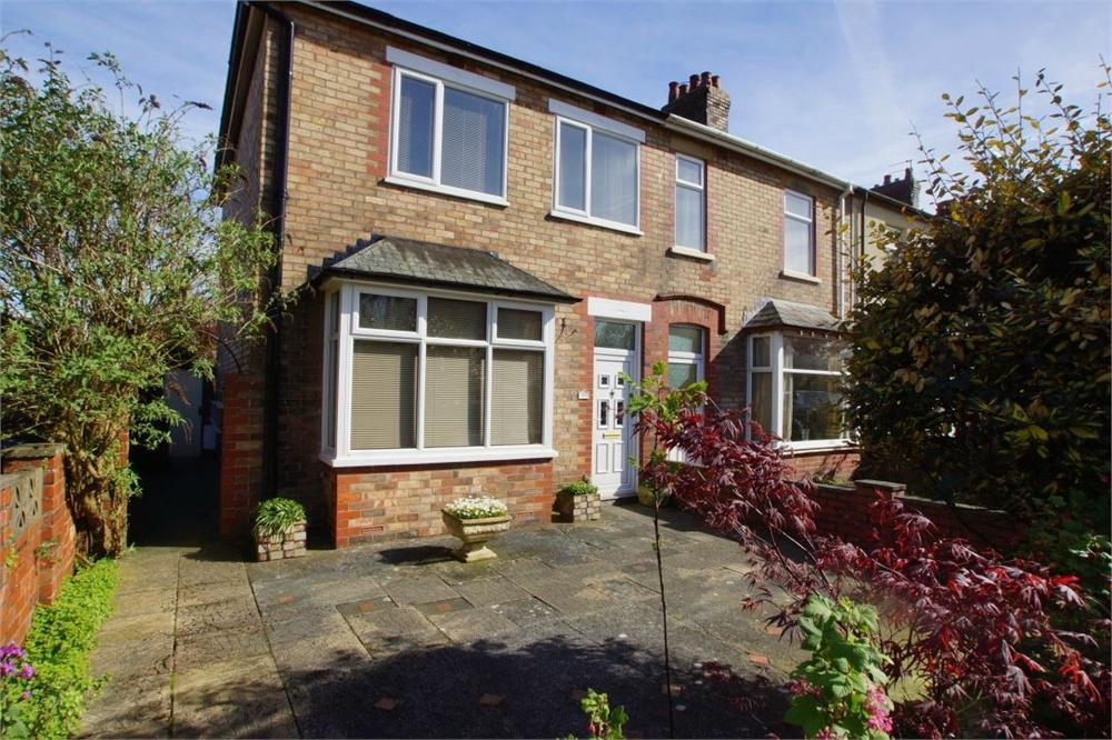 3 Bedrooms End Of Terrace House for sale in Rutland Road, Ansdell, Lancashire
