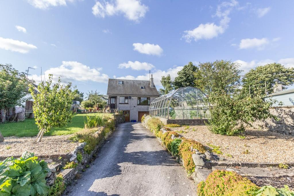 2 Bedrooms Detached Bungalow for sale in Appletrees, 11 Station Road, Ackenthwaite