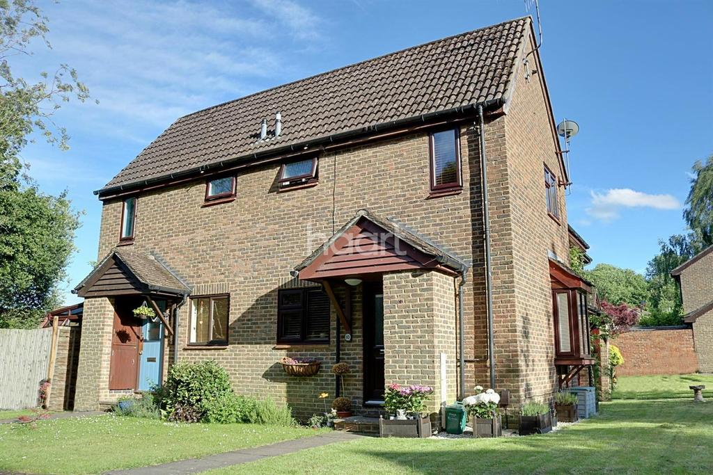 1 Bedroom End Of Terrace House for sale in Elder Way, Dorking, RH5