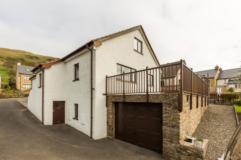 5 Bedrooms Detached House for sale in Winfield Road, Sedbergh