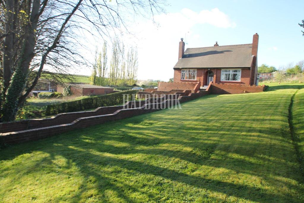 2 Bedrooms Bungalow for sale in Occupation Road, Parkgate
